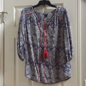 Blouse with navy blue and red